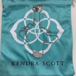 Jewelry - Kendra Scott Elisa pendant necklace.